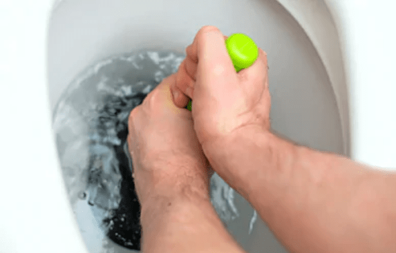 Here's How You Can Prevent Toilet Clogs for Good!